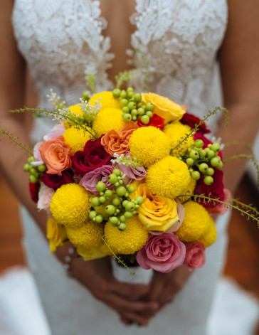 Luxury Wedding with Yellow Bouquet | Hoi An, Vietnam